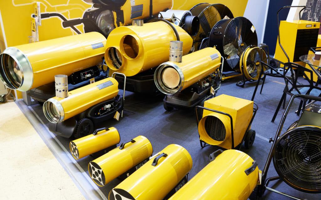 Gelbe Warmlufterzeuger verschiedene Größen